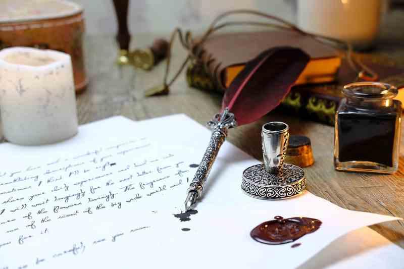 Écrire un article. Le temps où l'on s'écrivait pour partager ses émotions.