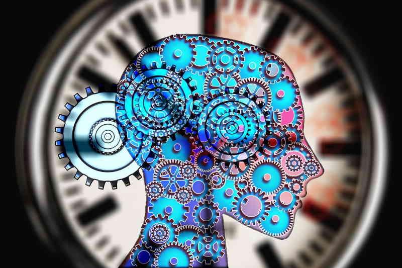 Le temps vous rattrape et vous restez dans un mouvement subit. Choisissez de vivre.