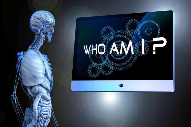 Qui êtes vous? Qui suis-je? Vous devez réaliser pleinement votre vie pour ne pas avoir de regret.