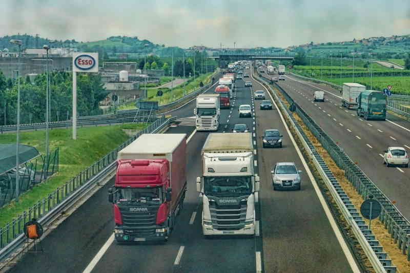 Pollution et saturation des routes, responsables les camions