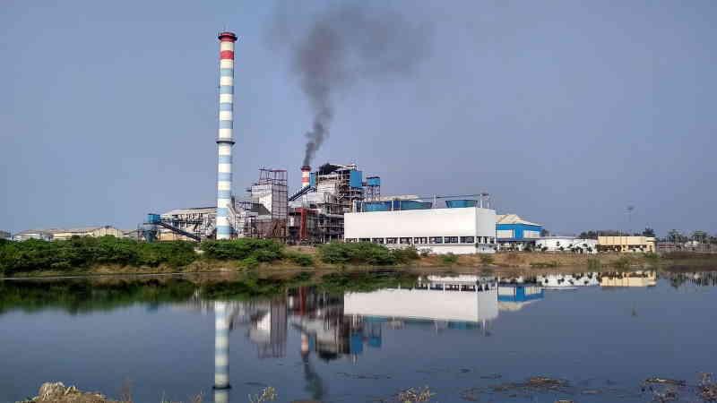 Les industries polluantes, responsables du réchauffement climatique.